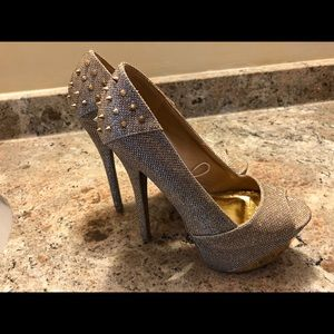 Gold shimmer stiletto heels size 8